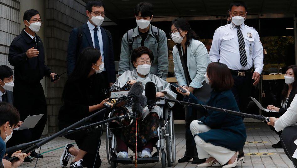 Rückschlag vor Gericht: Die ehemalige »Trostfrau« Lee Yong-soo verlangt Entschädigung