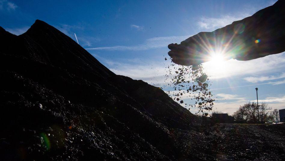 Kohle wird auch in den kommenden 15 Jahren in Deutschland für Strom verbrannt - oder noch drei Jahre länger
