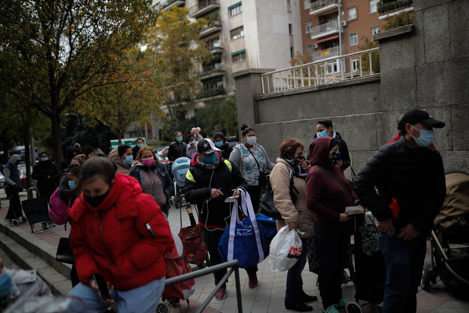 Spanish economy hit hard as virus continues to snowball