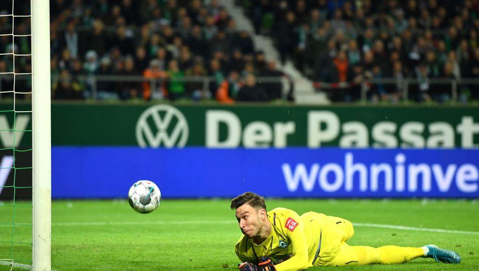 Bremens Torwart Jiri Pavlenka bei einem von fünf Gegentoren gegen Mainz