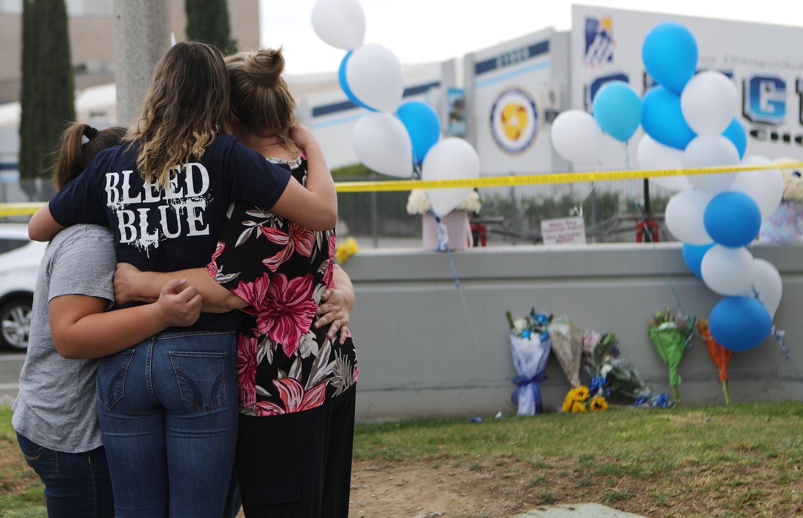 US-TWO-KILLED-IN-SCHOOL-SHOOTING-IN-SANTA-CLARITA,-CALIFORNIA