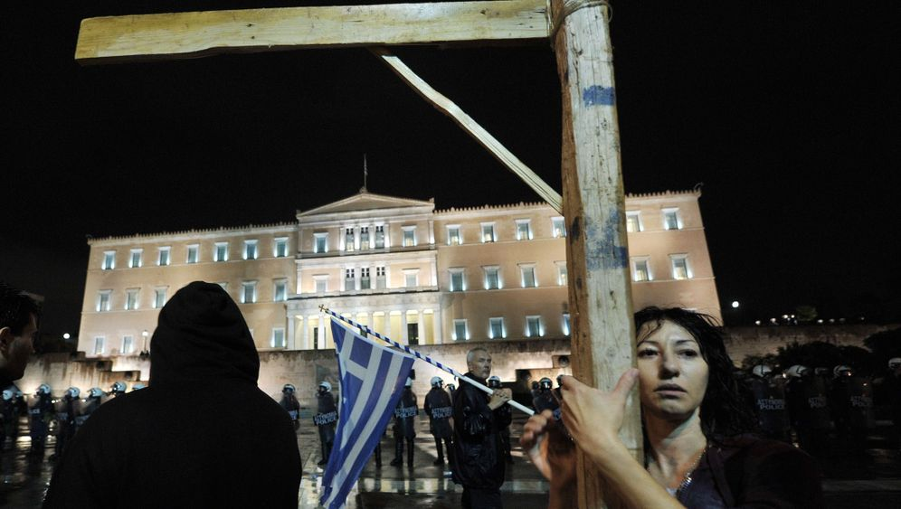 Photo Gallery: Athens Protests Austerity