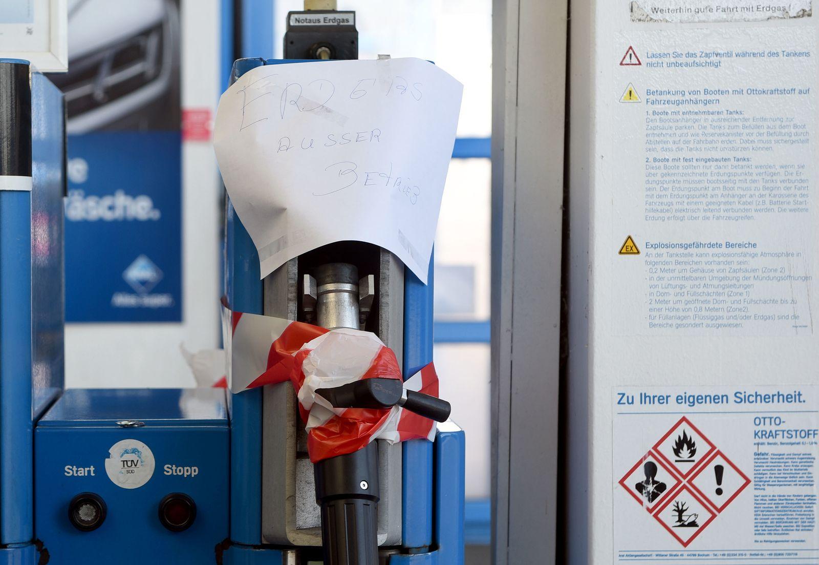 Erdgas / Tankstelle / Aral