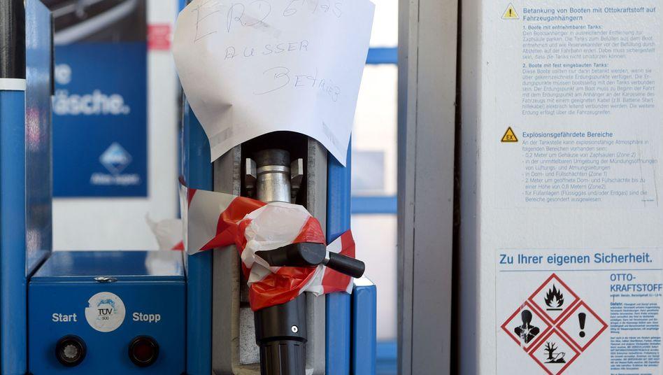 Erdgaszapfsäule an einer Aral-Tankstelle