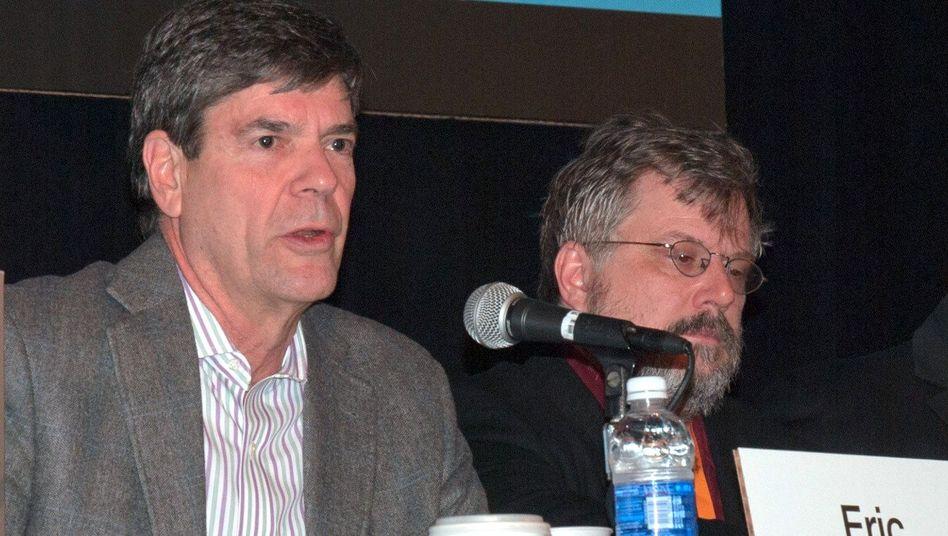 "Eric Rabe (links): ""Wir maßen uns nicht an, zu entscheiden"""