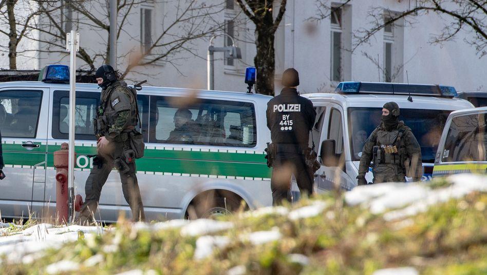 Einsatzkräfte in Deggendorf