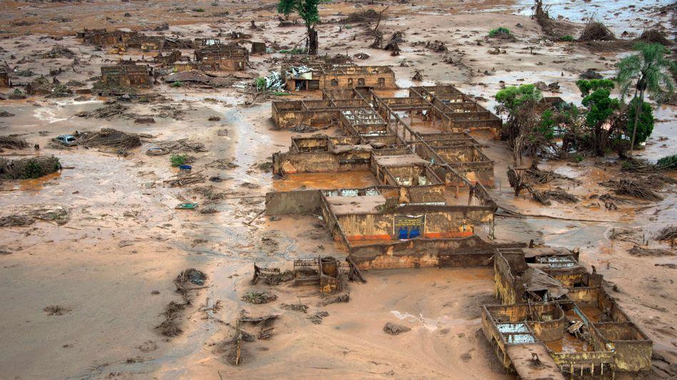 Nach Dammbruch: Brasilien fordert Milliarden von Bergbau-Unternehmen