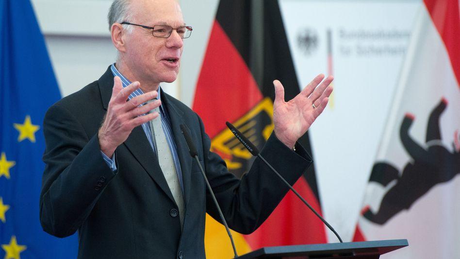 Norbert Lammert (CDU): Uni Bochum entlastet den Bundestagspräsidenten
