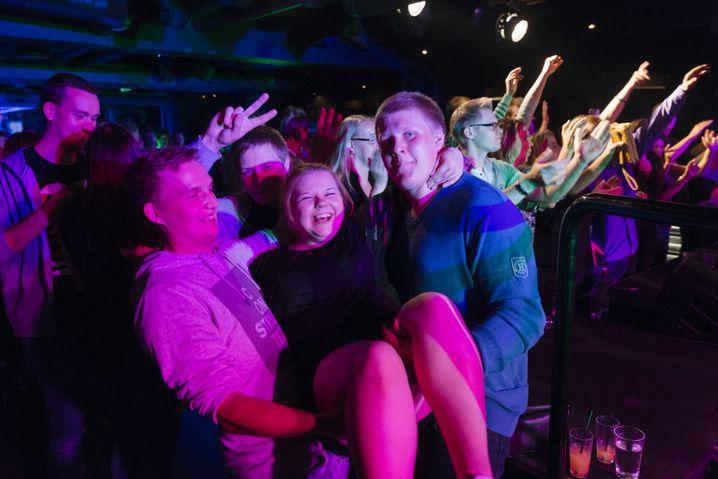 Fans im Klub Ilona in Seinäjoki