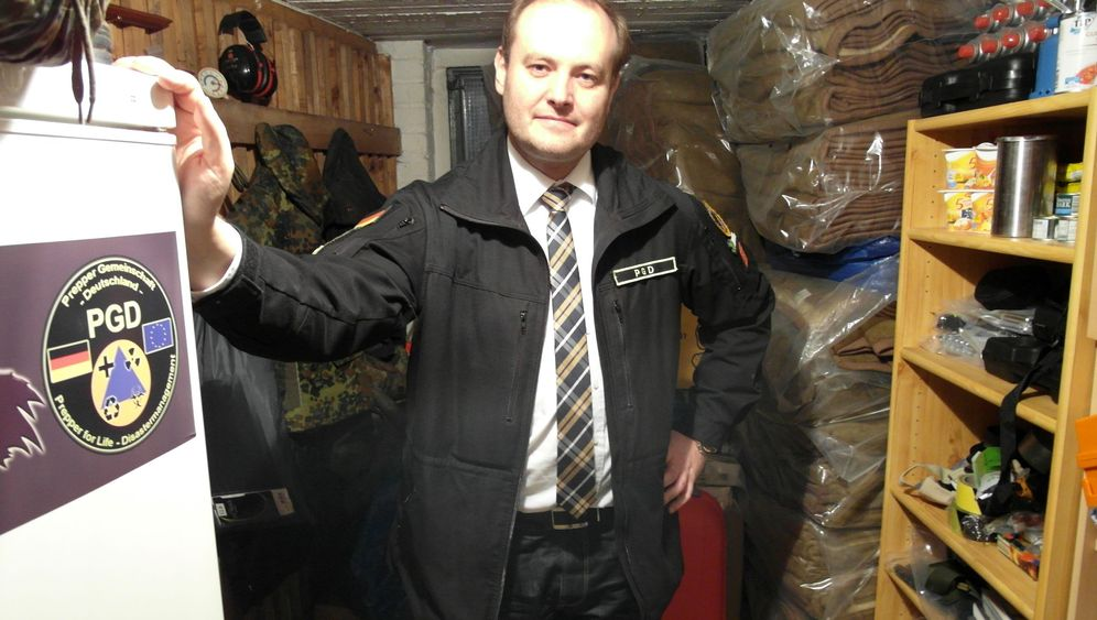 Prepper in Deutschland: Herr Blum geht auf Nummer sicher