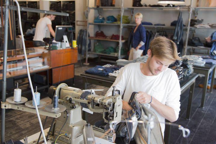 Nudie-Jeans-Laden mit kostenlosem Reparaturangebot in Göteborg