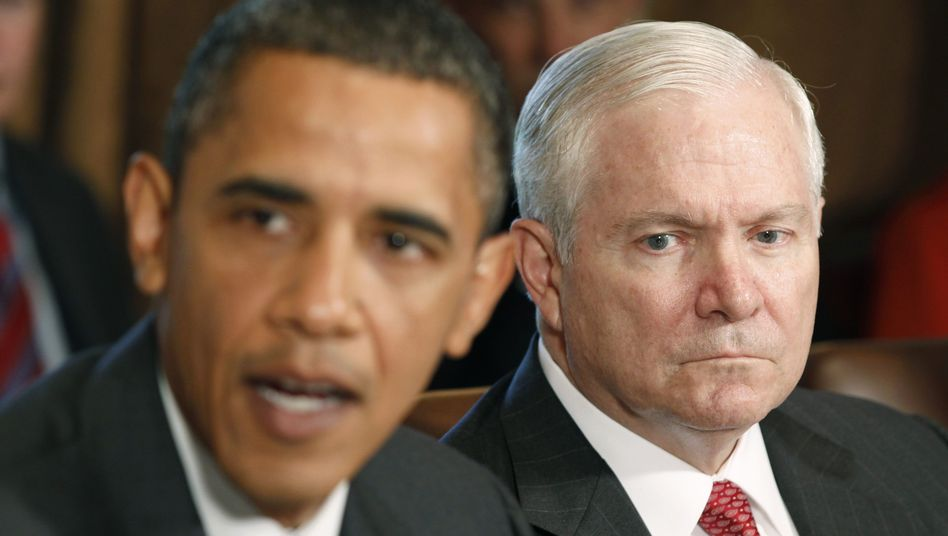 Obama und Gates: Personalrochade für den scheidenden Verteidigungsminister