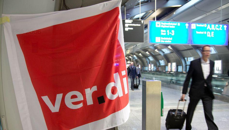 Warnstreik von Verdi am Frankfurter Flughafen (Archivbild)