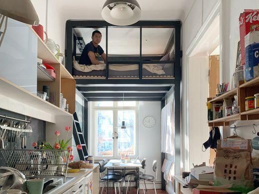 Der Berliner Architekt Van Bo Le-Mentzel in seinem »Kitchen Loft«