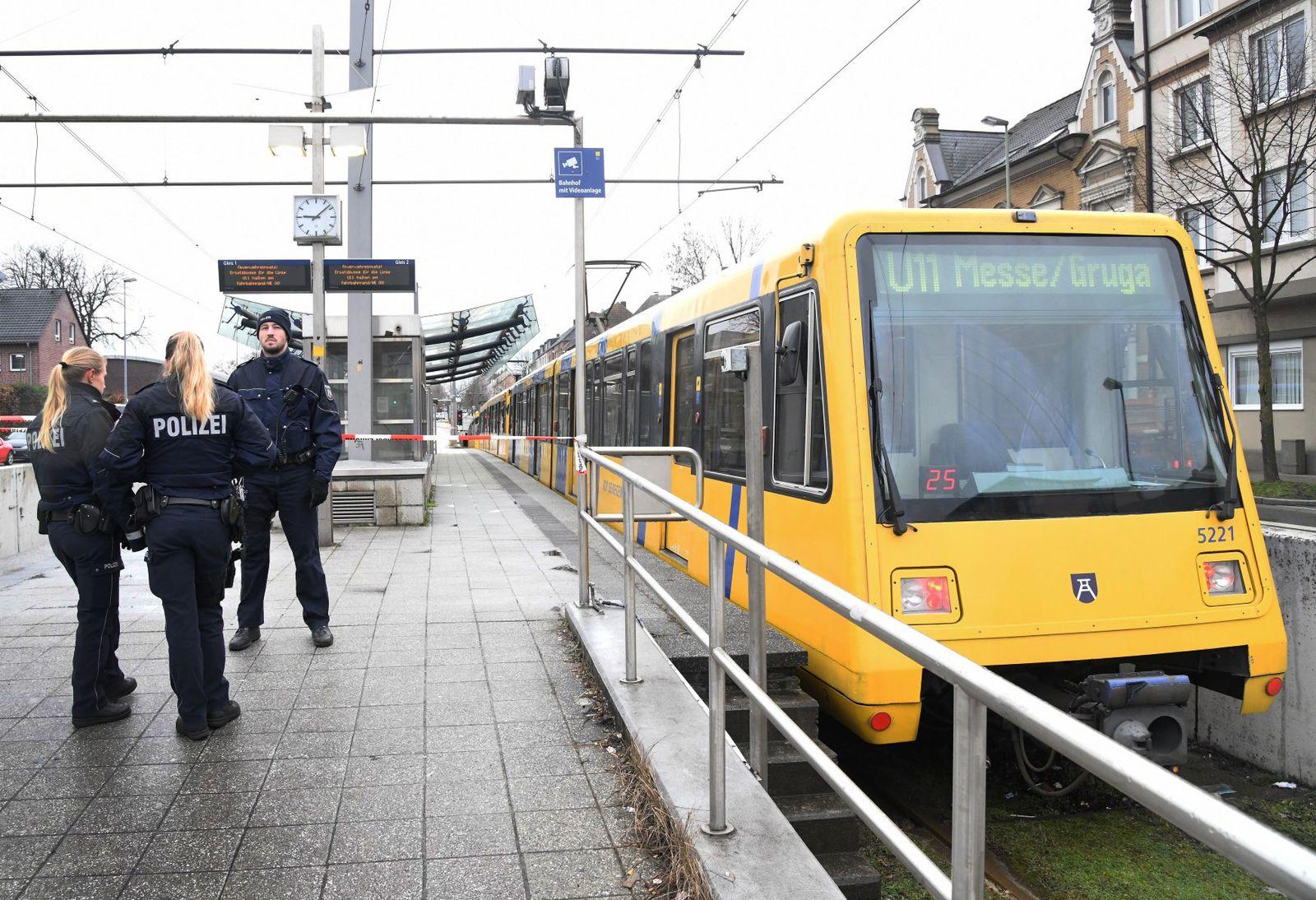 13-Jähriger in Essen von U-Bahn mitgeschleift