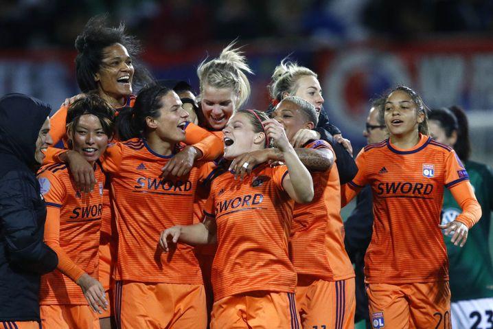 Lyon - das Starensemble des europäischen Fußballs