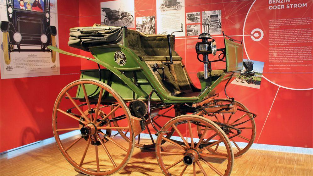 """E-Auto-Ausstellung """"Unter Strom"""": Neuer Trend - seit 130 Jahren"""