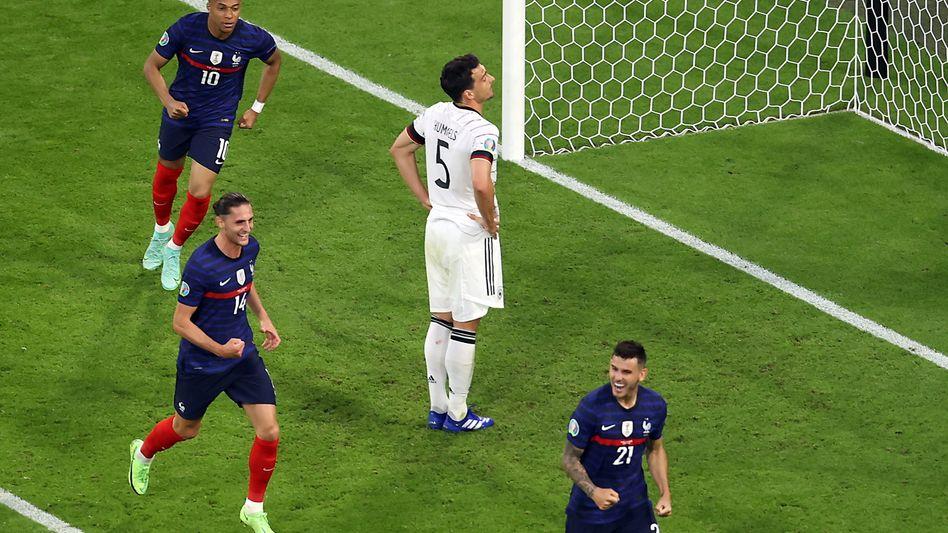 Mats Hummels nach seinem Eigentor gegen Frankreich