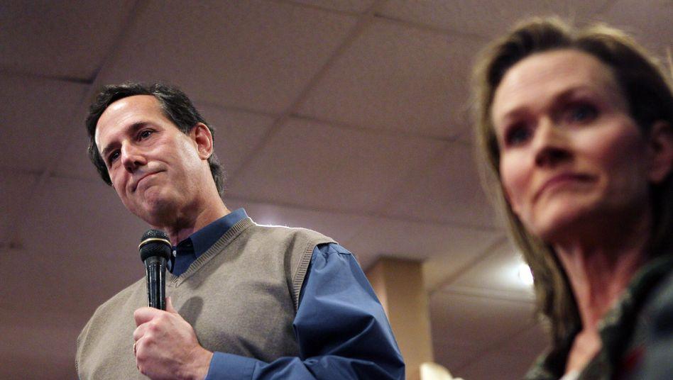 Gleichstandbei Vorwahlen in Iowa: Romney und Santorum zittern um jede Stimme