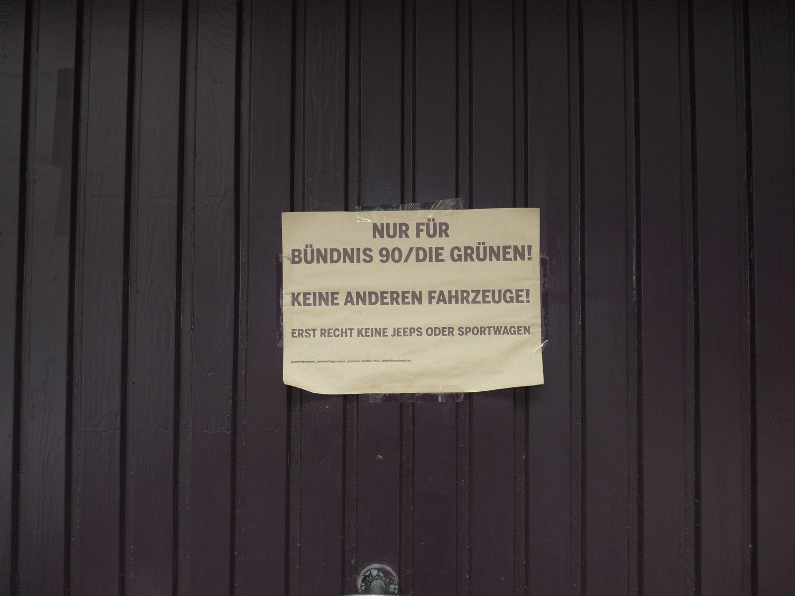 EINMALIGE VERWENDUNG Bündnis 90/ Die Grünen Köln / Parkplatz Schild
