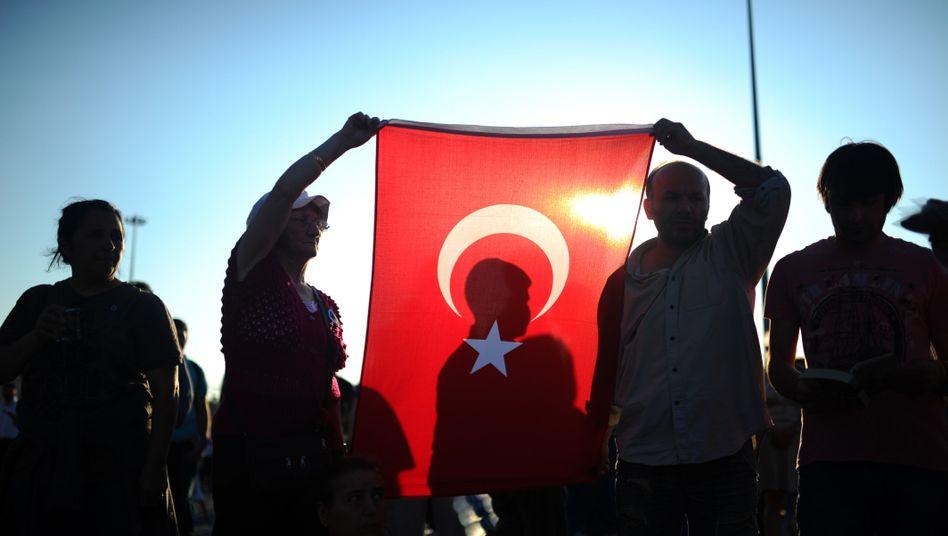 Türkische Demonstranten im Sommer 2013: Staatsanwaltschaft hatte drei Jahre Haft gefordert