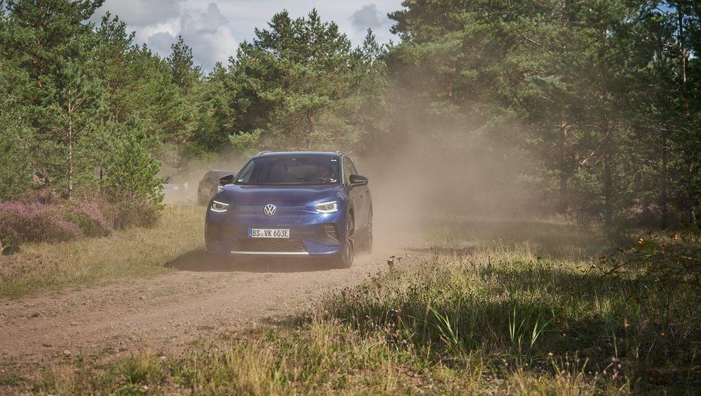 VW ID.4: Über Stock und Schotter