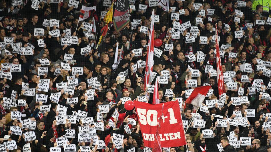 Freiburg-Fans sind gegen eine Mehrheitsübernahme von Investoren