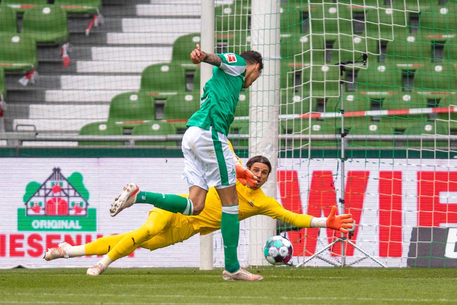Fußball: 1. Bundesliga, Saison 2020/2021, 34. Spieltag, SV Werder Bremen gegen Borussia Mönchengladbach am 22.05.2021 i