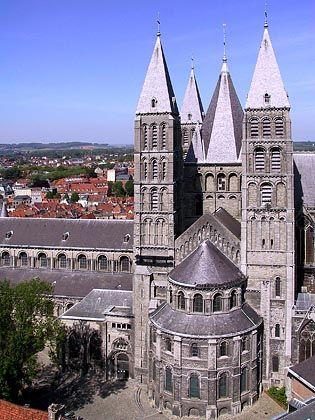Kathedrale in Tournai: Die Täter kamen mit Pistolen