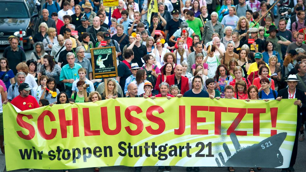 Photo Gallery: Stuttgart 21 -- Poorly Planned or Poorly Sold?