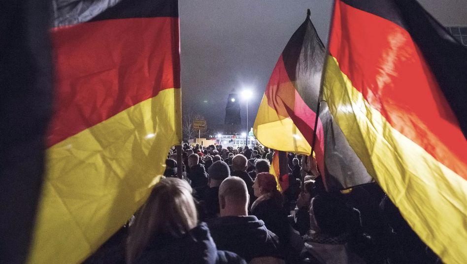 Montags in Dresden: Pegida-Demonstration Mitte Dezember