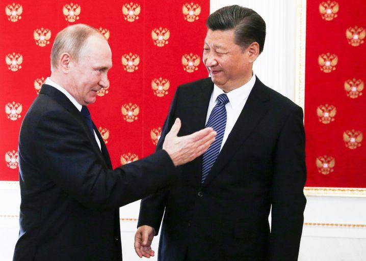 Jinping und Putin: effiziente Regierungsform