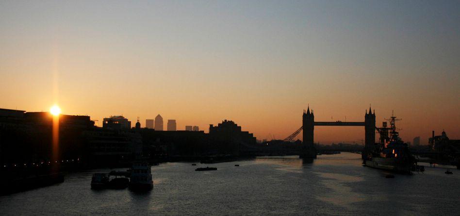 Blick auf die Tower Bridge: Womöglich gelangte das Kind über Deutschland nach Großbritannien