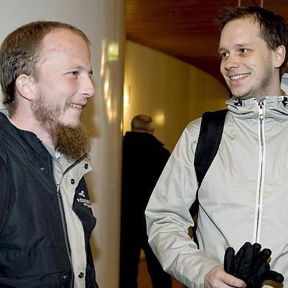 Gottfrid Svartholm (links) und Peter Sunde: Die Pirate-Bay-Betreiber fühlen sich nicht als Raubkopierer, sondern als Rebellen gegen das Prinzip des Copyright