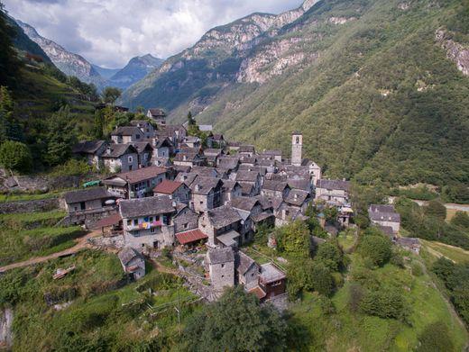 Corippo im Verzascatal: Juwel alpiner Architektur