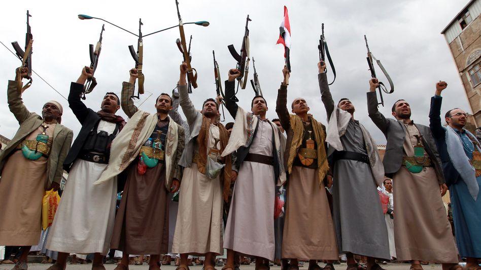 Militäroperation im Jemen: Zehn Armeen gegen eine Miliz