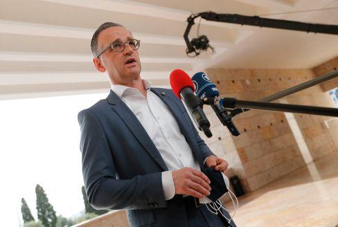 Außenminister Maas in Lissabon: »Wirtschaftsstruktur und den Zahlungsverkehr in Belarus mit Sanktionen belegen«
