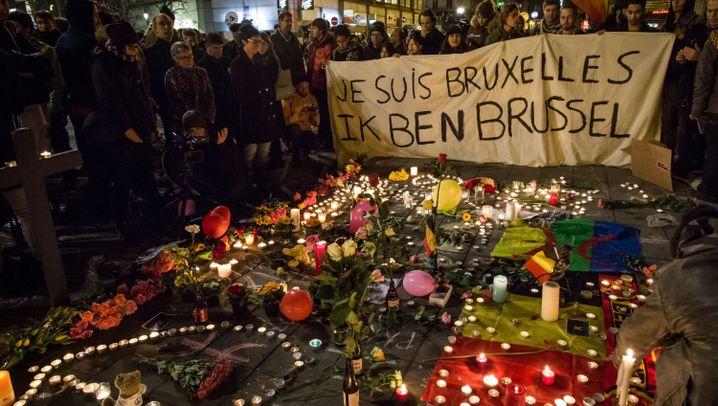 Photo Gallery: Coming Together after the Attacks