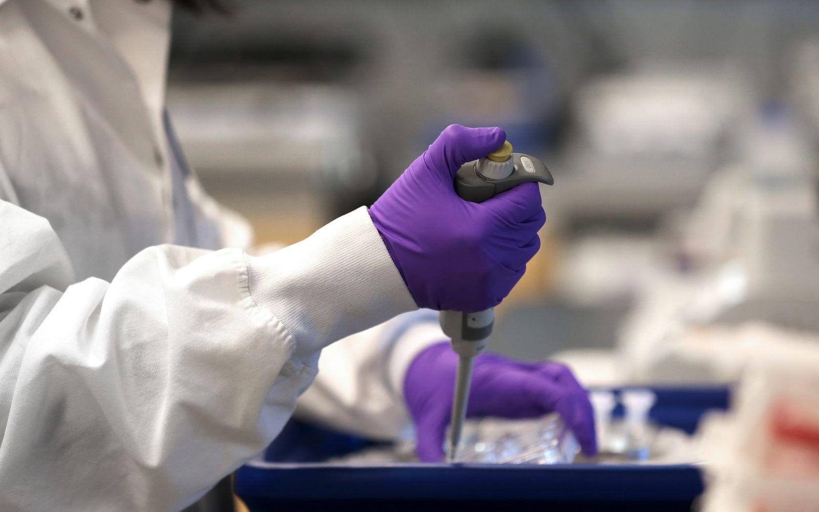 Cambridge Biotech Moderna Leads in Race For Coronavirus Vaccine