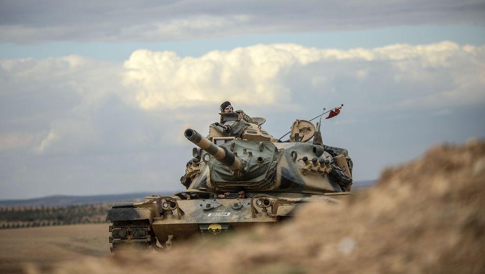 Parlament stimmt für Einsatz gegen IS: Die Türkei zieht in den Krieg