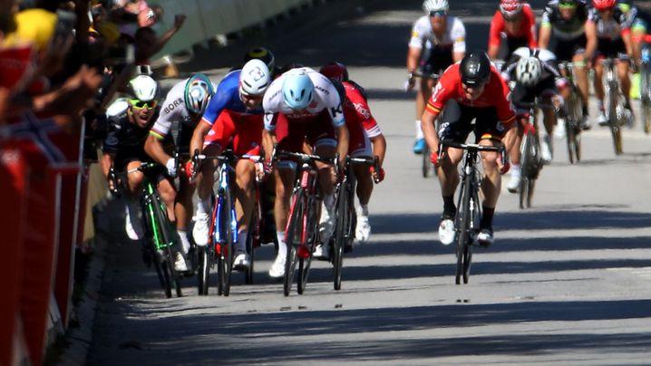 Tour de France: Massensturz kurz vor dem Ziel