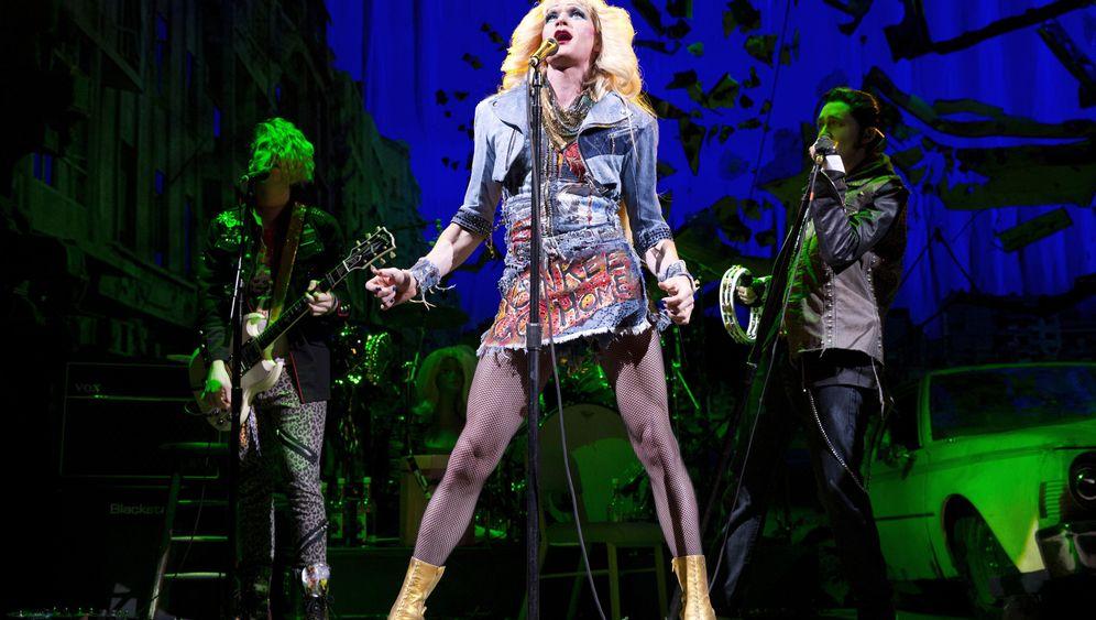 Stars auf New Yorker Bühnen: Harris, Cranston, Washington am Broadway