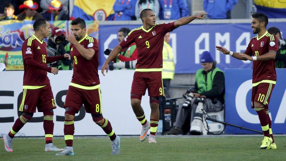 Torschütze Rondón: Sieg gegen Kolumbien