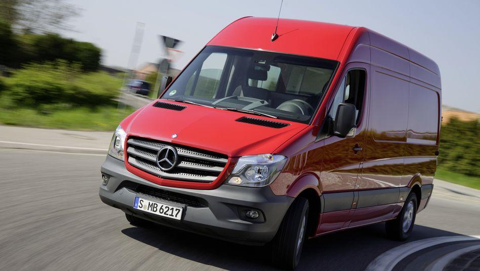 Abgasskandal: KBA untersucht Manipulation beim Mercedes Sprinter