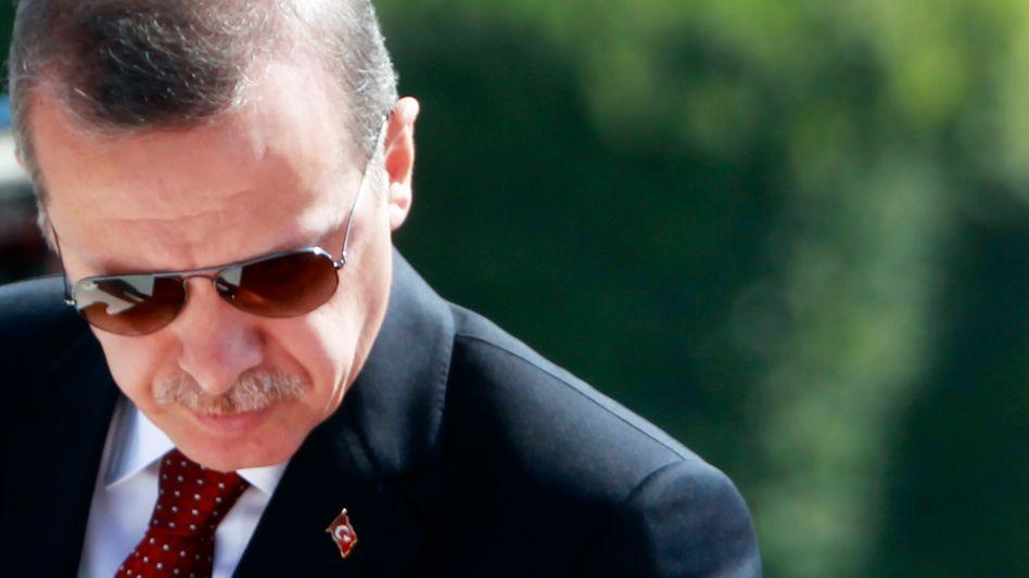 """Erdogan: """"Niemand kann mit der türkischen Ehre spielen"""""""
