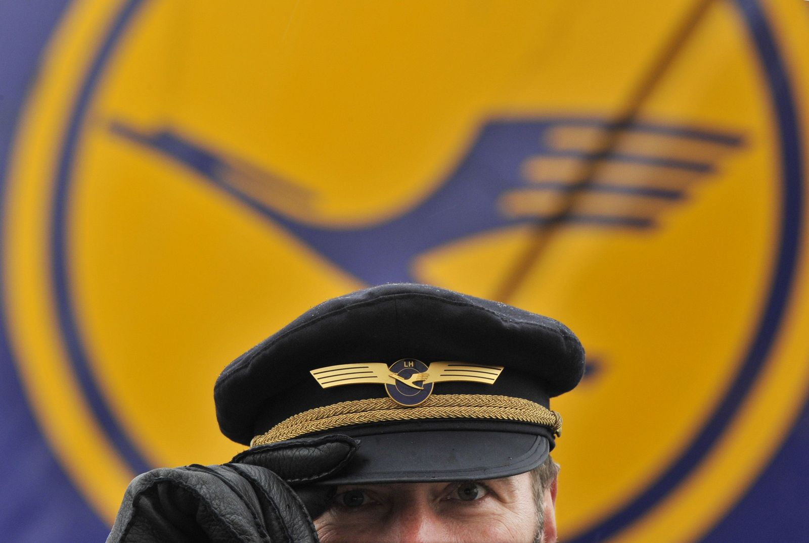 Pilotenmütze Lufthansa Pilot Urteil