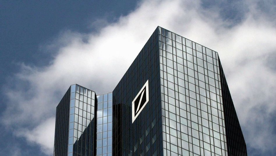 Einer der beiden Deutsche-Bank-Türme in Frankfurt: Erst 2007 gekauft