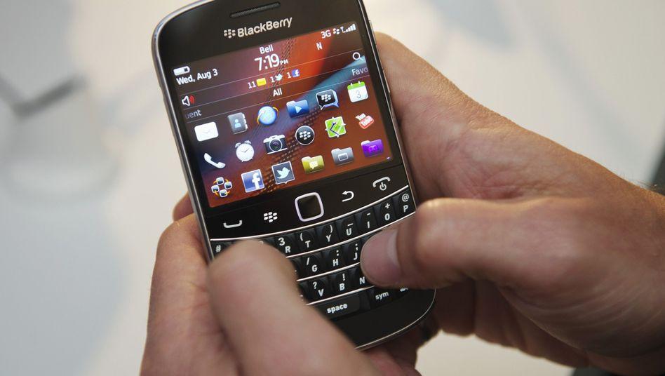 Blackberry Bold 9900 (Archivbild): Nachrichten werden verschlüsselt übertragen