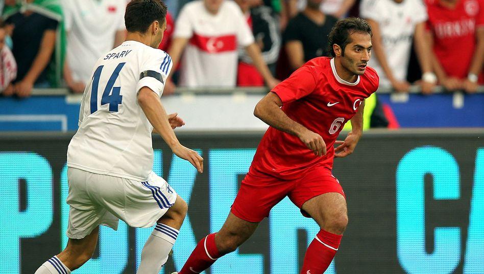 Türkischer Nationalspieler Hamit Altintop (rechts): Wechsel zu Galatasaray Istanbul