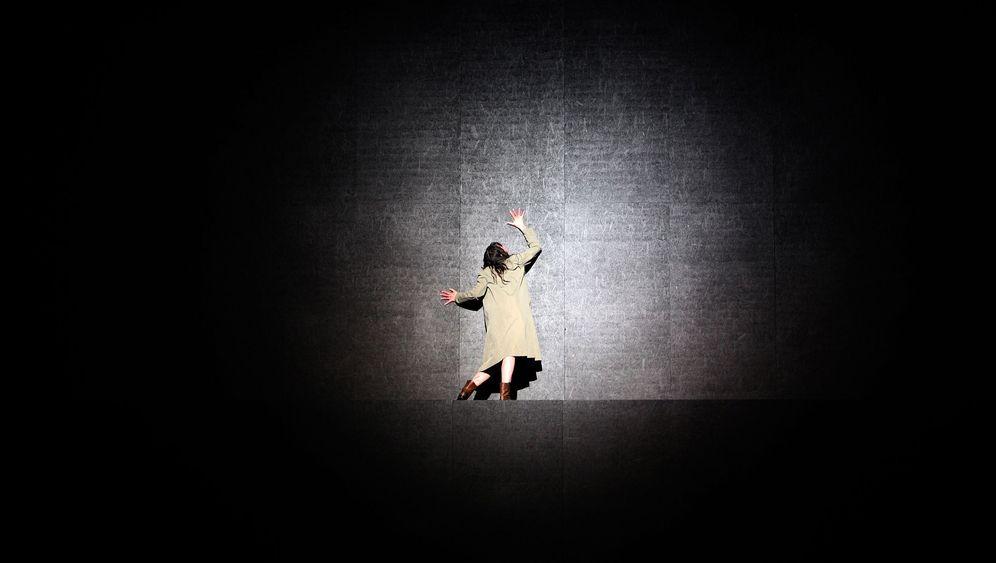 Thalheimer-Premiere in Frankfurt: Mutterliebe schockgefroren